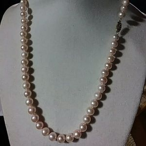 Jewelry - 18 in fresh water Pink Pearls new 14 k gold clasp